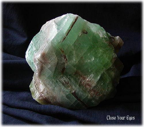 グリーンカルサイト原石(メキシコ産)